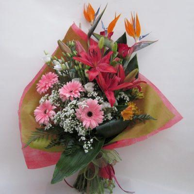 Ramo de flores decorativo